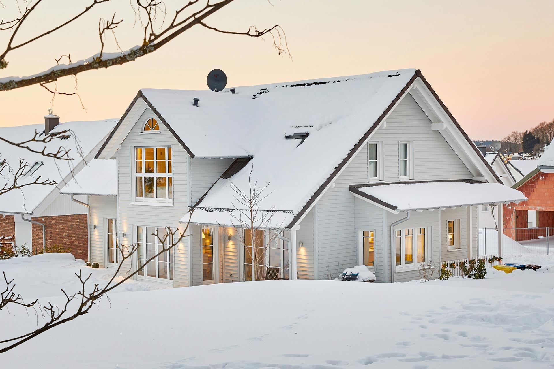 fertighaus modell siebenbrunn kfw effizienzhaus mit traumhaftem raumkonzept gussek haus. Black Bedroom Furniture Sets. Home Design Ideas