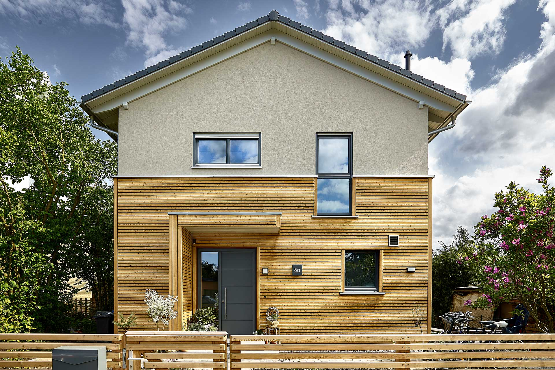 Modell Boavista   Fertighaus Mit Gelungenem Holz Putz Fassadenmix GUSSEK  HAUS